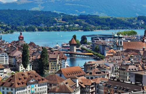 Boost Your Overseas Vacation with a Free Stopover in Switzerland or Belgium | Frommer's