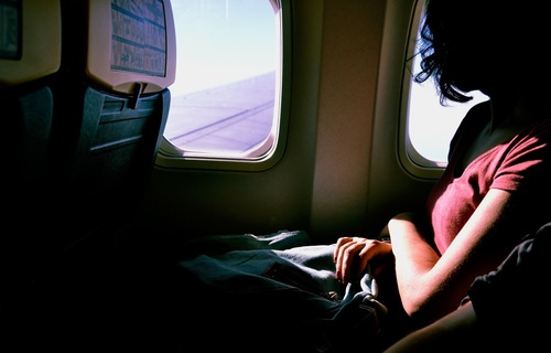 How to Sleep on a Long Plane Flight: Here Are 24 Tips You Should Try | Frommer's
