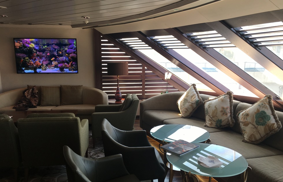 Windstar Cruises: Star Pride Main Lounge