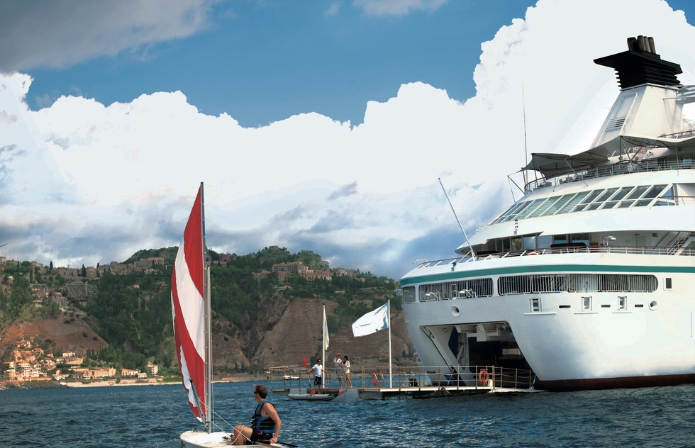 Windstar Cruises: Star Pride Recreation Deck