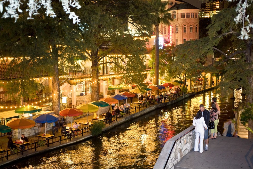 Cheap vacation ideas in U.S. cities for families: San Antonio, Texas