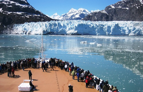What to do in Alaska in summer: See glaciers up close