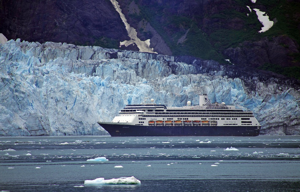 Top Alaska Vacation Package Ideas: Cruise Vacations to the glaciers