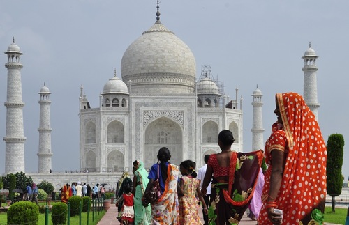 Can the Taj Mahal Be Saved? New Measures To Preserve India's Wonder | Frommer's