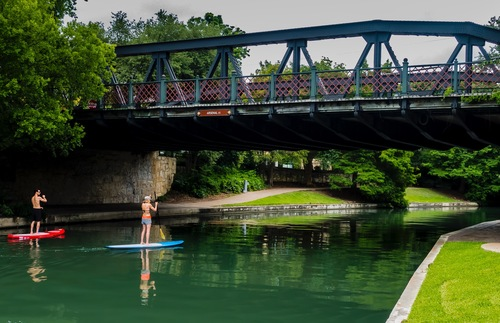 You Can Go Standup Paddleboarding at San Antonio's River Walk Now | Frommer's