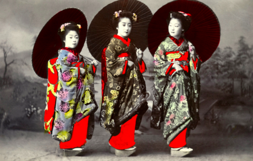 How to Get a Geisha Makeover in Japan: Background on geisha