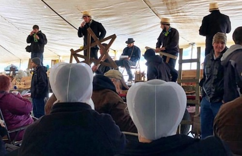 Amish Sotheby's: What to Expect at a Mud Sale in Pennsylvania Dutch Country | Frommer's
