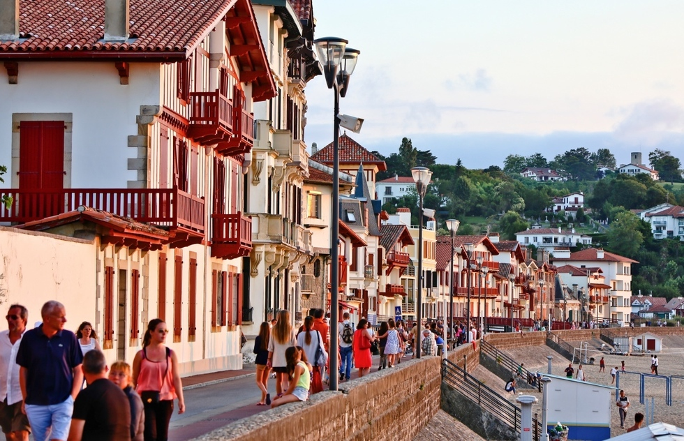 The Prettiest French Seaside Holiday Towns: Saint-Jean-de-Luz