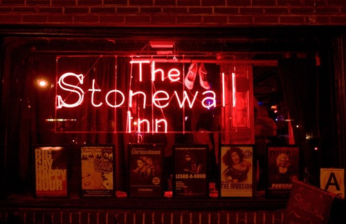 Learn About NYC's LGBTQ History—and Drink Beer!—on This New Walking Tour  | Frommer's
