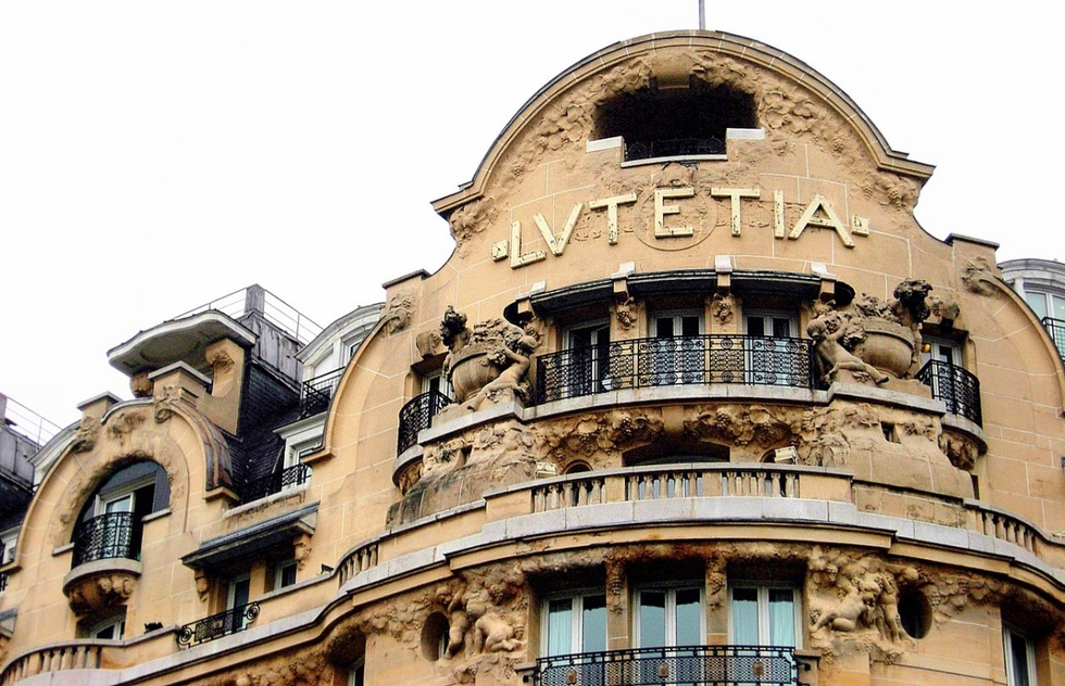 Places where you can still find evidence of World War II in Paris: Hotel Lutetia