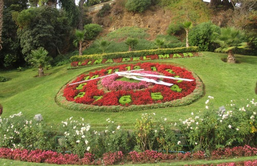 Flower clock in Viña del Mar, Chile