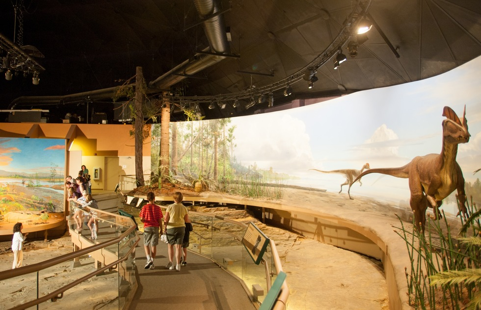 Best Dinosaur Museums and Attractions for Kids and Families: Dinosaur State Park, Rocky Hill, Connecticut