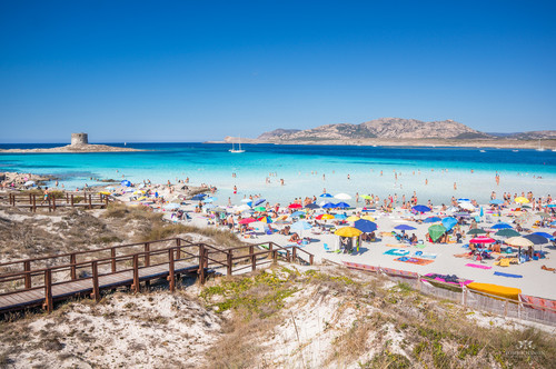 Best Beaches in Italy: La Pelosa Beach, Sardinia