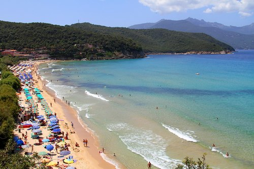 Best Beaches in Italy: Biodola Beach, Elba Island