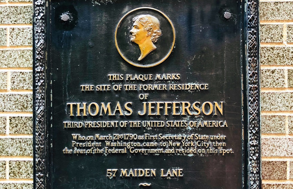 Plaque at 57 Maiden Lane in New York City