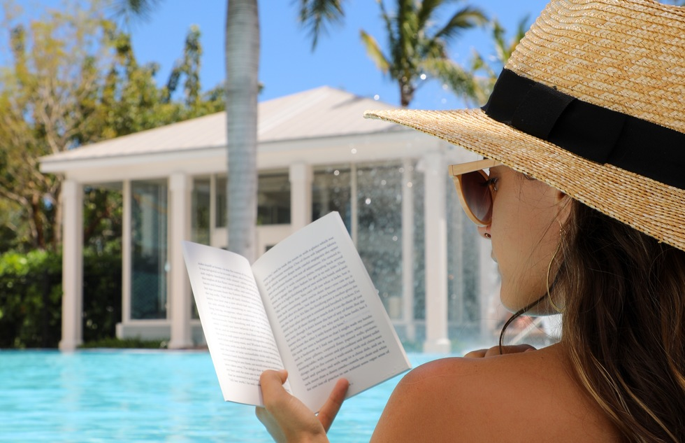 "Key West Hotels Introduce ""Underwater Library"" with Waterproof Books 
