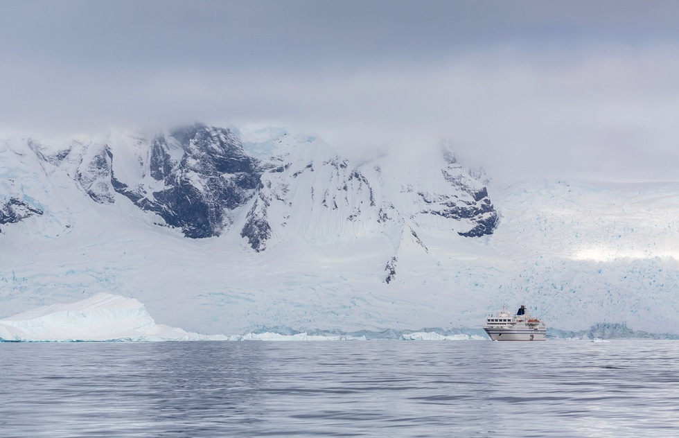 Why sea sickness is common on expedition cruises