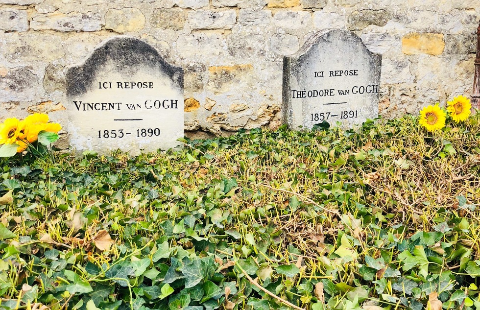 Graves of Vincent and Theo van Gogh in Auvers-sur-Oise, France