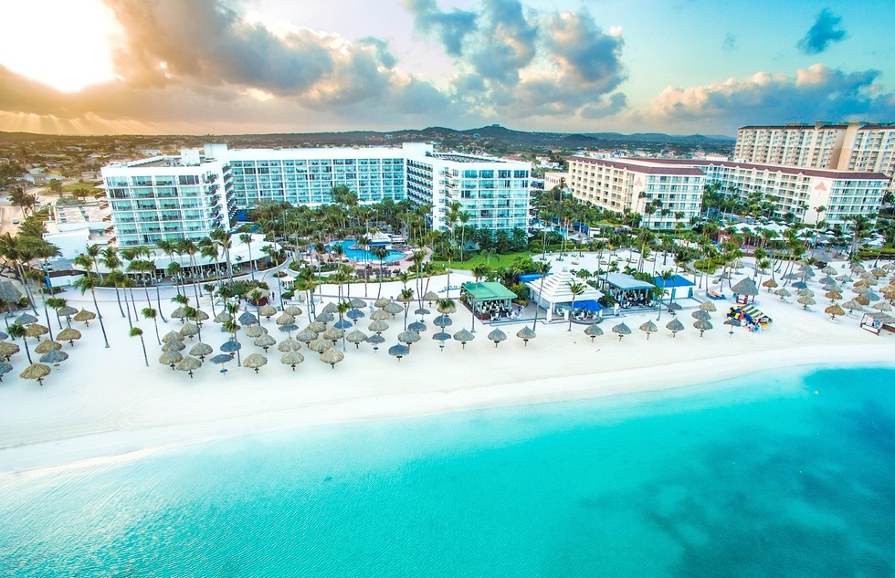 The Aruba Marriott Resort & Stellaris Casino caters to families with older teens and millennials