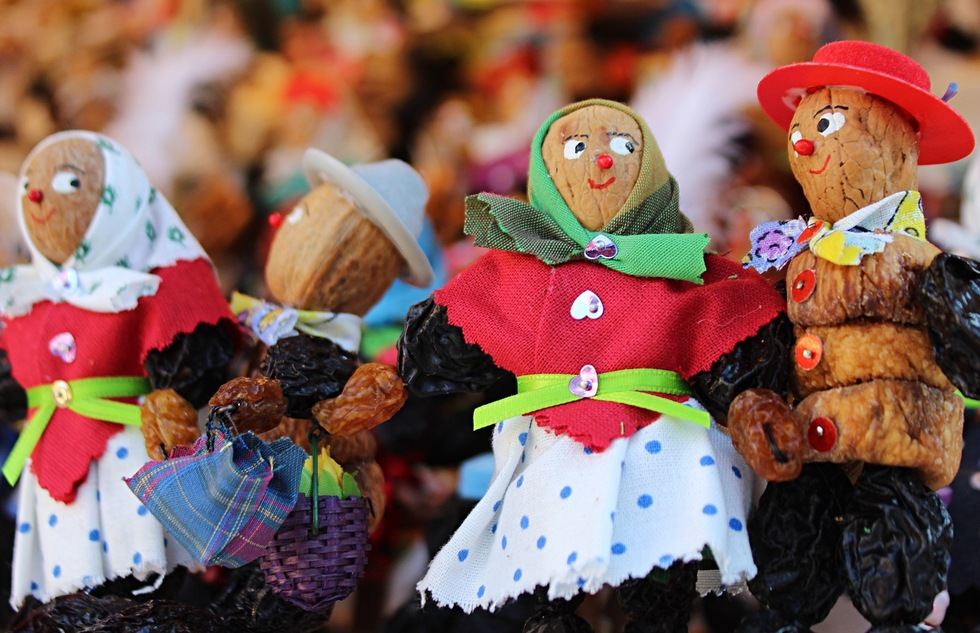 Plum people at the Christmas market in Nuremberg, Germany