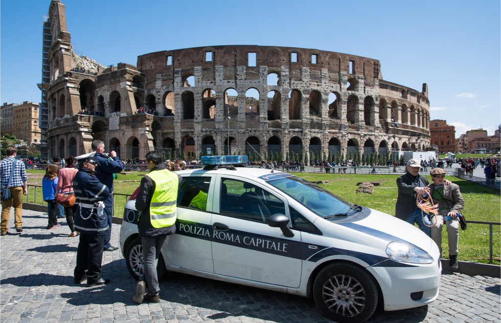 It's Literally Illegal for Visitors to Eat in Parts of Italy Now: A Roundup of the New Tourist Laws | Frommer's