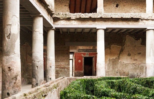 In Pompeii, An Ancient Brothel Reopens for Visitors | Frommer's