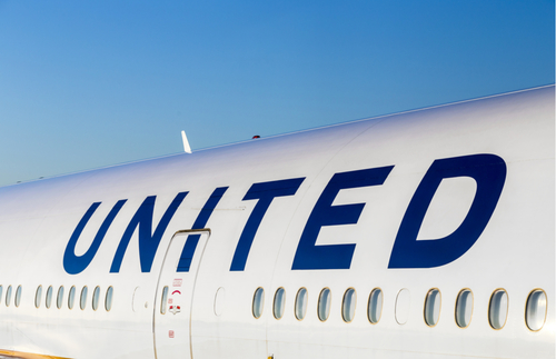 United Airlines Flight Attendants Now Required to Wear Masks | Frommer's