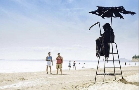 Florida Beachgoers Share the Sand with the Grim Reaper | Frommer's