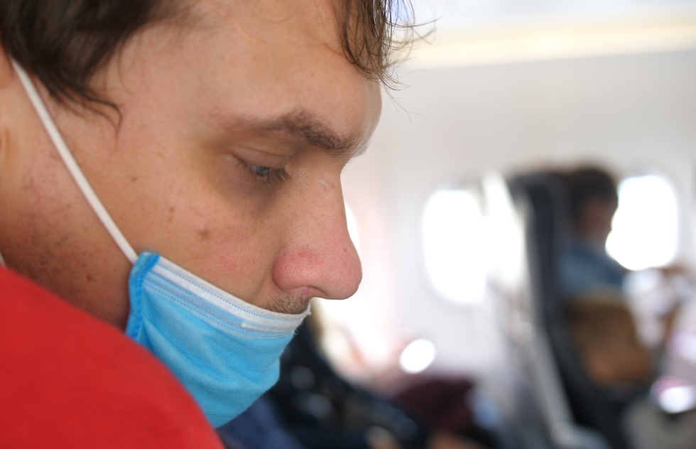 Flight Attendants Are Finding That Policing Mask Usage Is Near Impossible | Frommer's