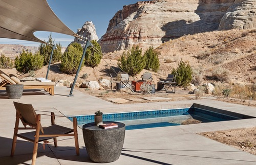Glamping Retreat in Utah Takes Social Distancing to a Whole New Level  | Frommer's