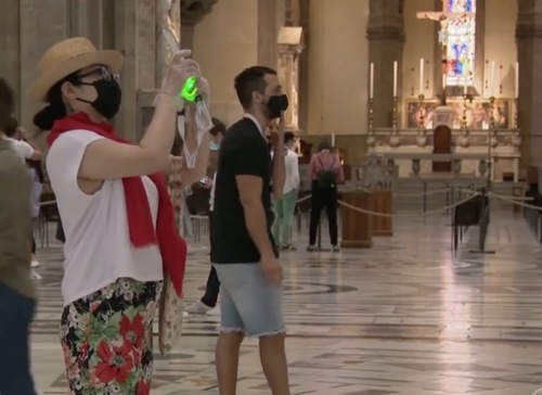 WATCH: Italy's Great Attractions Reopen with Social Distancing and New Gadgets | Frommer's