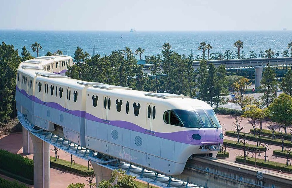 Disney's monorail: an international attraction