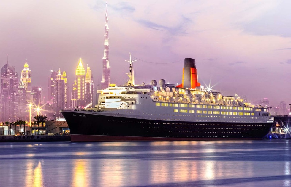 The QE2 Returns to Service as a Hotel While the Queen Mary's Prospects Sink | Frommer's