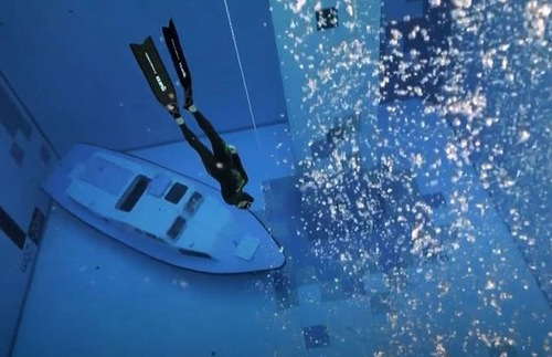 Dive in! World's Deepest Pool Now Open in Poland | Frommer's
