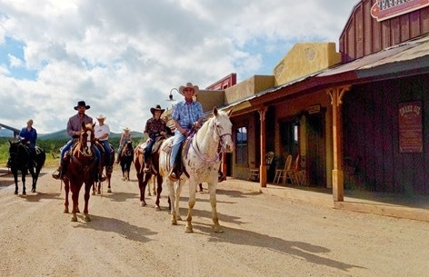 Steeply Discounted Dude Ranch Vacations in Arizona  | Frommer's