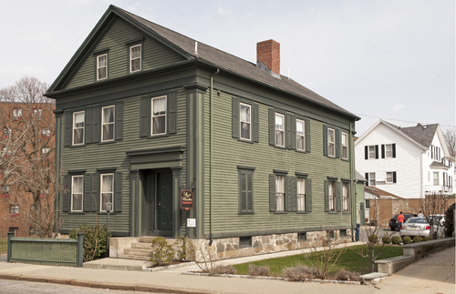 Are You a Morbid Millionaire? Lizzie Borden's House-Turned-B&B Is for Sale | Frommer's