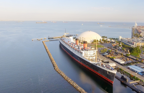Historic Queen Mary in Dire Straits