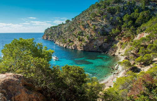 PHOTOS: Spain's Best Hidden Beaches Will Kick Your Wanderlust Into Overdrive | Frommer's