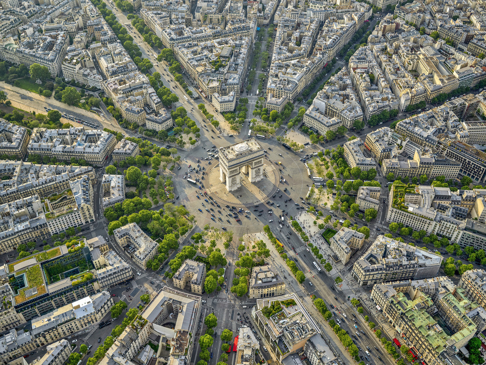 Paris: From the Air (Rizzoli): Place Charles de Gaulle and the Arc de Triomphe