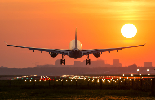 Airlines and Airports Are Fighting Over Runway Fees. Your Airfare Could Soar.