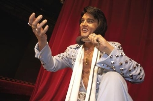 Elvis (okay...his wax replica) hasn't left the building at Madame Tussaud's, and there are lots of other famous people keeping him company.