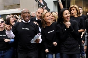 "Pictured, ""Today"" show co-hosts: Al Roker, Matt Lauer, Meredith Vieira, Ann Curry, Hoda Kotb. Photo by: Peter Kramer/NBC"