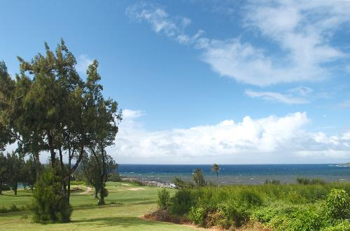 Ocean backdrop at the Bay Course in Kapalua.