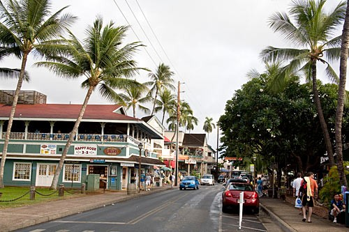 A former whaling town, Lahaina combines a 19th-century look and feel with luxurious 21st-century amenities.