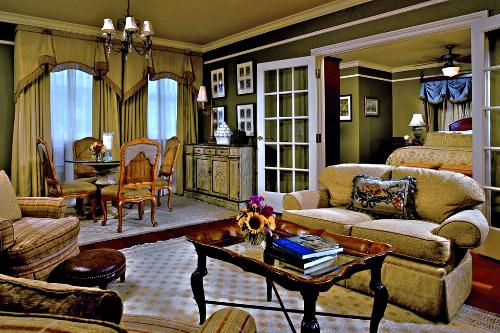 The Club Executive Suite at the Ritz-Carlton, New Orleans.