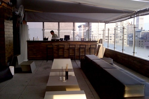CaféB by Bice, with Sky Lounge at Hotel Indigo Chelsea