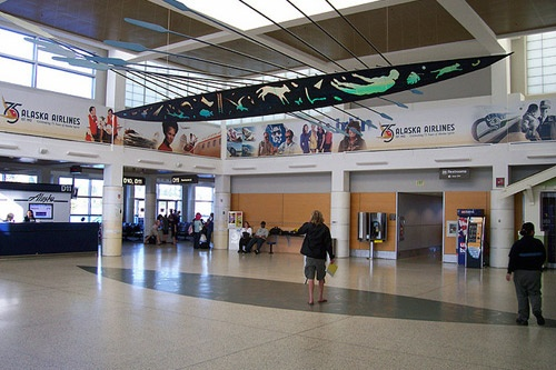 The D Concourse at Seattle-Tacoma International Airport, home to Alaska Airways.