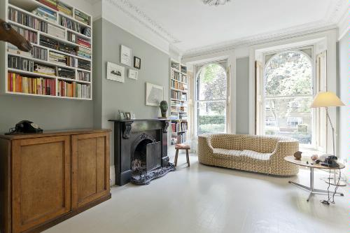 A London apartment rental at Beresford Terrace 2 offered by onefinestay.