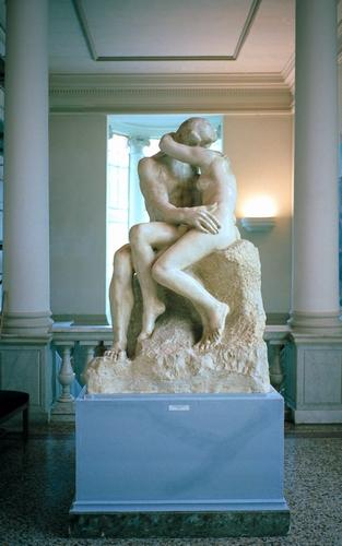 A replica of Rodin's The Kiss in Nice's Museé des Beaux Arts.