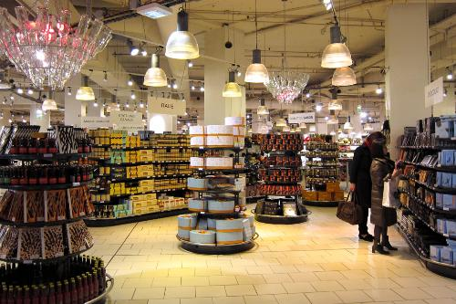 World 39 s best department store food halls for Showroom cuisine paris
